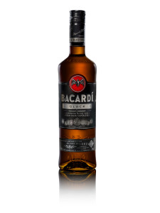 Bacardi_blackSingleStraight_CDN