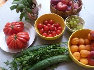 Optimized-fruit-vegetables-on-table
